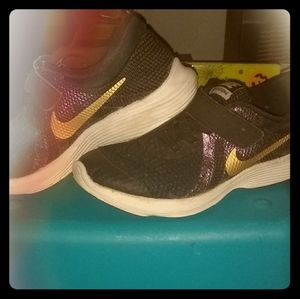 Nike shoes (girls)